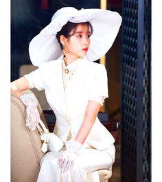 Luna Fashion, Kpop Fashion, Korean Fashion, Fashion Beauty, Fashion Outfits, Beautiful Outfits, Cute Outfits, Korean Drama Movies, Size Zero