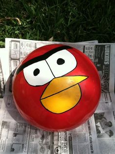 A finished Angry Bird Ball #DIY #Favors