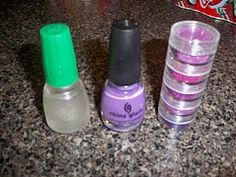 DIY glitter nail polish. maybe i'll try this. i have terrible luck with the gunky glitter nail polish in bottles.