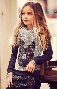 Grey scarf, sequin tshirt