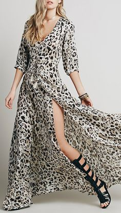 Sexy in a maxi, it's what this dress is all about. Flattering slit to show off that long legs and that sexy leopard print, bring out that goddess in you!View more at www.floryday.com.