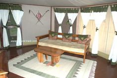 Relax in a comfortable lounge as you wait to be served..http://www.natural-track.com/