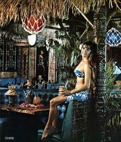 tiki vintage: This is at La Mariana Yacht Club Oahu, Honolulu,Hawaii - Modern Honolulu Hawaii, Oahu, Tiki Art, Tiki Tiki, Las Marianas, Hawaiian Tiki, Hawaiian People, Vintage Hawaiian, Tiki Bar Decor