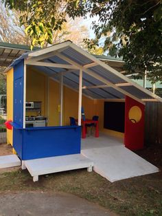 Cubby house with ramp. #cubby #cubbyhouse #cubbies #outsideplay #playoutside #backyard
