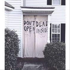 the walking dead party decorations - don't open dead inside