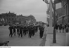 Fotos aus der Nachkriegszeit - Unter den Linden 1951.