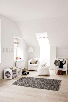 Jurnal de design interior - Amenajări interioare, decorațiuni și inspirație pentru casa ta: Fostă casă parohială reamenajată