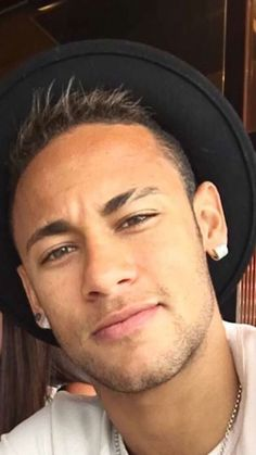 "neymarspassion: ""Okay but wow "" Neymar Jr, Cristiano Ronaldo Lionel Messi, Good Soccer Players, Football Players, Football Gif, Barcelona Soccer, Fc Barcelona, Psg, Paris Saint Germain Fc"