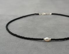 One white pearl, Silver 925 beads and black sead bead necklace - short necklace - one pearl necklace - Chocker necklace - Boho jewelry