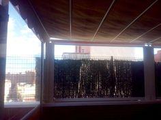 Aprovecha al máximo tu terraza!!!! Toldos verticales transparentes para crear espacios útiles en su terraza y sacarles el máximo provecho tanto en verano como en invierno... www.toldosubeda.es 950305055