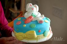 just one example of a marshmallow fondant decorated cake!  sooooo cute.