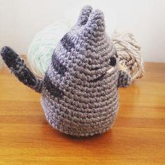 Another side of pusheen (Pattern by @critterbeans ) I think it'll be my pincushion  -------- #amigurumiaddict #crochetofinstagram #pusheen #pusheencat #amigurumi #crochet #cat #fatcat #diy by flower_myriam