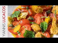 Σαλάτα Panzanella   Yiannis Lucacos - YouTube Bruschetta, Pork, Sweet, Ethnic Recipes, Youtube, Kale Stir Fry, Candy, Pork Chops, Youtubers