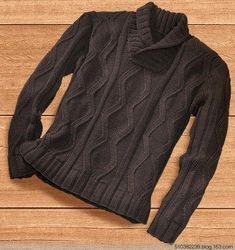 Мужской пуловер спицами no clue what it say. But i love Russia for their beautiful knitting patterns :D Frugal Male Fashion, Mens Fashion, Crochet Cowl Free Pattern, Herren Outfit, Knitting Designs, Knitting Patterns, Knitwear, Men Sweater, Casual