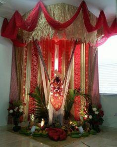 Shango/Chango throne: altar to the Orisha of thunder. By Rivelinho Bolivar (Panama/Florida) Ifa Religion, Yoruba Religion, Shango Orisha, Orishas Yoruba, African Mythology, Yoruba People, Spiritual Transformation, God Of War, Spirituality