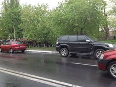Lots of soldiers near city council in mariupol