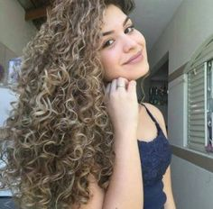 Spiral perm is a great way to adding curls, body, and bounce to your hair. It is achieved by using long perm rods that create tight cascading ringlets. Short Permed Hair, Blonde Curly Hair, Permed Hairstyles, Cool Hairstyles, Long Curly, Perms For Long Hair, Spiral Perm Long Hair, Long Perm, Spiral Curls