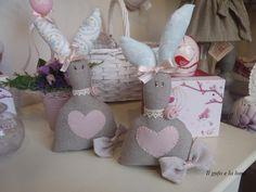 Il Gufo e la Luna shabby chic & country style: Teneri coniglietti di stoffa