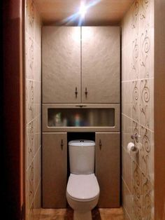 Идея организации сантехнического шкафа в туалете
