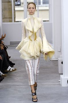 Balenciaga Spring 2006 Ready-to-Wear