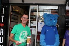 Nowra City Church and Hit n Run hand out to Nowra Free hot drinks!