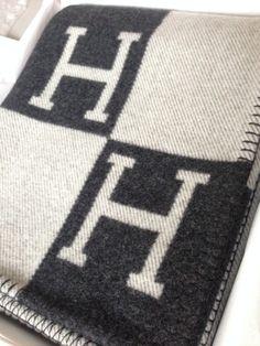 hermes taschen - MaiTai's Picture Book | Int��rieurs | Pinterest | Capsule Wardrobe ...