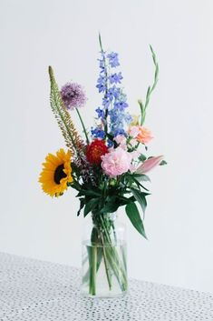 Fresh Flower Bouquets - Home Decor Designs Summer Flowers, Fresh Flowers, Beautiful Flowers, Wild Flowers, Beautiful Pictures, Arrangements Ikebana, Floral Arrangements, Summer Flower Arrangements, Flower Vases