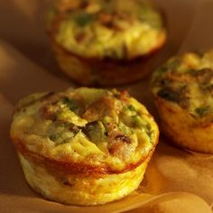 Recipe, grocery list, and nutrition info for Mini Mushroom-&-Sausage Quiches. These crustless mini quiches are like portable omelets. Turkey sausage and sauteed mushrooms keep them light and savory. Small and satisfying, they Mini Quiches, Mini Egg Quiche, Breakfast Recipes, Snack Recipes, Cooking Recipes, Healthy Recipes, Breakfast Quiche, Brunch Recipes, Brunch Ideas
