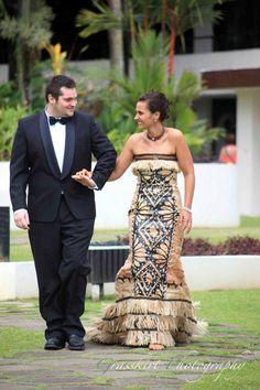 Modern Fijian bridal dress by Tabuadrau Designs. Find them on Facebook. Fiji
