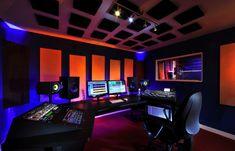24 Ideas Home Studio Music Desk Vintage Modern Home Studio Musik, Audio Studio, Music Studio Room, Studio Desk, Sound Studio, Studio Setup, Music Desk, Recording Studio Design, Studio Equipment