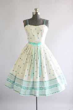 Vintage 1950s Dress / 50s Cotton Dress / Junior Set of Dallas Turquoise and White Floral Border Print Dress S