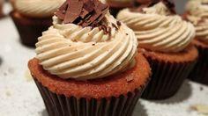 Cupcakes με γέμιση κάστανο και κρέμα espresso