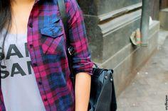 Shirt – Topshop l Jeans – Zara l Tank top – Local Boutique l Bag – Zara l Shoes – Zara l Watch – Emporio Armani l Frames – Zara l Lipstick – Inglot Matte Lip Crayon No. 34 Plaid #plaid #plaidshirt #moccasins #backpack #fallfashion #falltrends #bloggers #fashion #style #styllogue #styling #layering #zara #topshop
