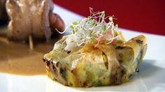 """- Plat / Viande - Valérie EJNER vous propose de réaliser sa recette """"Aiguillettes de canard aux crevettes sauce banyuls et pastilla de poireaux et pignons de pin"""""""