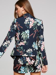 For up-to-the-minute looks that are fast, fresh and ever evolving. Bell Sleeve Top, Fashion Dresses, Shorts, Clothes For Women, Spring, Tops, Fashion Show Dresses, Outerwear Women, Trendy Dresses