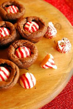 12 Days of Cookies: Candy Cane Kiss Brownies #BabyCenterBlog #12DaysofCookies #SugarMamaCooks