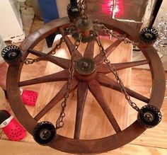 VINTAGE 5 LIGHT COPPER & WOOD WAGON WHEEL CHANDELIER HANGING LIGHT