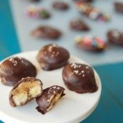 Dark Chocolate Peanut Butter Banana Bites :) aaaaaand they're low-cal!