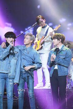 Here are my bias wreckers.jeonghan in the backb (my svtn biaswrecker), kookie (BTS wrecker) , bambam and yugyeom wreckers) 💜 Yugyeom Jungkook, Namjoon, Kookie Bts, Got7 Bambam, Kim Yugyeom, Youngjae, K Pop, Jackson, Stage