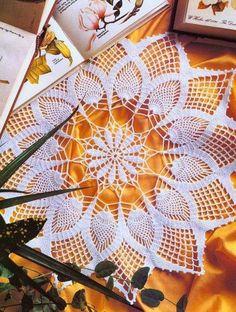 Pineapple Crochet Lace