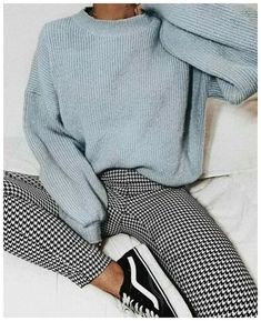 Comfortable Winter Outfits Ideas To Inspire You Comfortab., Comfortable Winter Outfits Ideas To Inspire You Comfortab., Comfortable Winter Outfits Ideas To Inspire You Comfortab. Simple Outfits For School, Winter Outfits For Teen Girls, Casual School Outfits, Casual Winter Outfits, Winter Fashion Outfits, Outfits For Teens, Trendy Outfits, Fall Outfits, Christmas Outfits