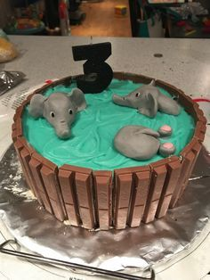 Post with 0 votes and 23622 views. [homemade] elephant bath chocolate mud cake w/buttercream icing. Elephant Birthday Cakes, Elephant Baby Shower Cake, Elephant Cakes, Elephant Bath, Birthday Cake Girls Teenager, 8th Birthday, Gummy Bear Cakes, Chocolate Mud Cake, Jungle Cake