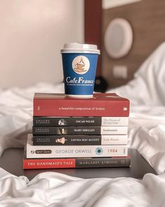 Book haul (my first book fair) Mary Shelley Frankenstein, Louisa May Alcott, Margaret Atwood, George Orwell, Books, Instagram, Livros, Book, Livres