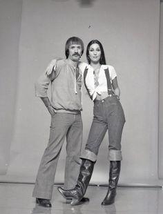 Cher and Sonny Bono 70s Fashion, Fashion 2020, Fashion Outfits, Divas, Cher Photos, Dance Marathon, I Got You Babe, Cher Bono, Costumes