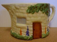 carlton-ware-cottage-ware-milk-jug-early-1930s-2085-p.jpg 400×295 pixels