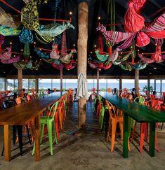 Restaurante na beira da praia