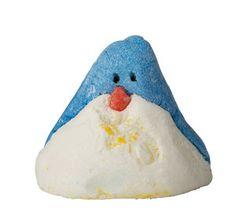The Christmas Penguin Bubble Bar | @giftryapp Lush Christmas, Christmas 2016, Christmas Haul, Christmas Classics, Christmas Bathroom, Christmas Gifts, Christmas Ideas, Lush Shop, Penguin Images