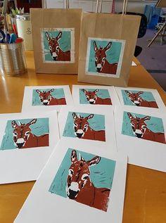 Ezeltjes uit Heemskerk Mobile Art, Kitchen Art, Workshop, Playing Cards, Atelier, Playing Card Games, Game Cards
