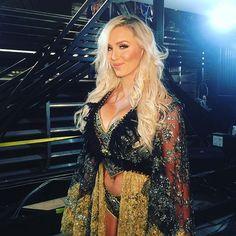 wwe Will @charlottewwe make @ashasebera_danabrooke #bowdown? Find out NEXT on #Raw! #WWE 2017/03/21 09:35:36