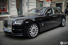 Rolls-Royce Phantom VIII in Riga, Latvia Spotted on by ramins Luxury Car Brands, Luxury Cars, Good Night Beautiful, Rolls Royce Motor Cars, Little Truck, Rolls Royce Phantom, Best Classic Cars, Mini Trucks, Vw Cars